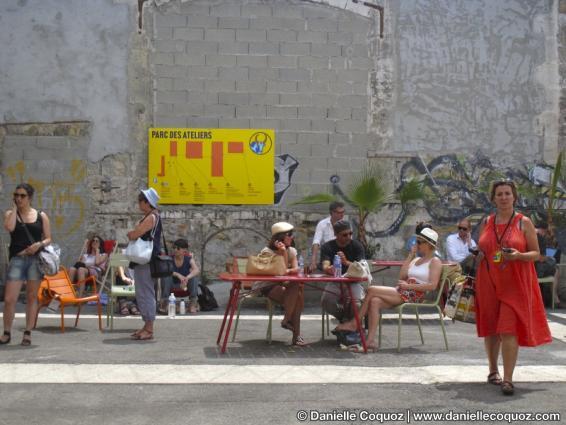 Rencontres d'Arles de la Photographie, ambiance du Parc des Ateliers